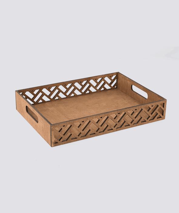 Vassoio legno bordo traforato 32×23 cm