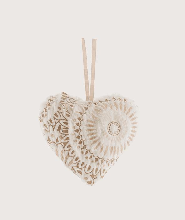 Cuore polistirolo rivestimento tessuto avorio macramé oro 10 cm